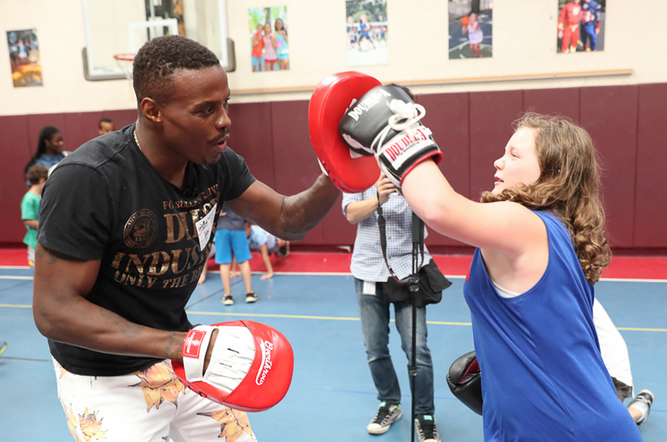Peter Quillin & Alicia Napoleon Visit Crestwood Day Camp in Long Island Ahead of Matchups this Saturday, August 4 from NYCB LIVE, Home of the Nassau Veterans Memorial Coliseum