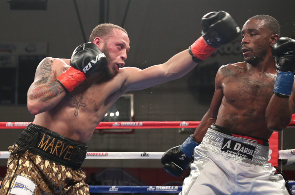 MYKQUAN WILLIAMS AND TRE'SEAN WIGGINS   BATTLE TO AN ENTERTAINING BUT CONTROVERSIAL MAJORITY DRAW