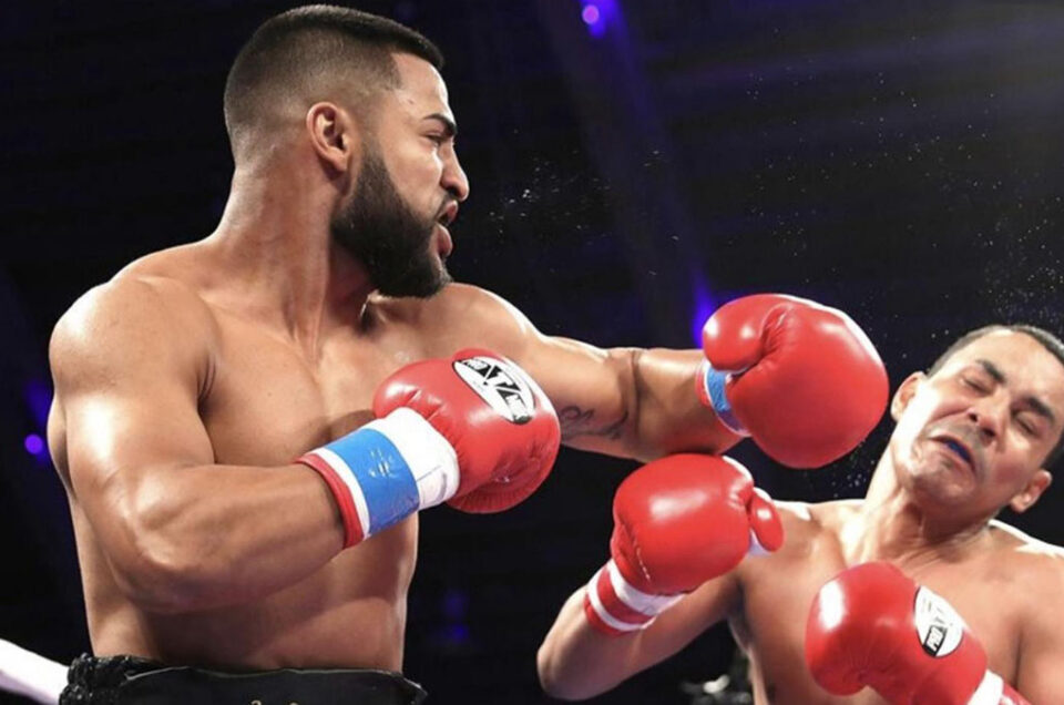 KNOCKOUT ARTIST MARK REYES JR. HEADLINES TONIGHT ON UFC FIGHT PASS